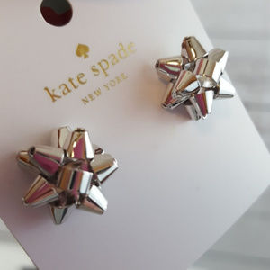 NWT KATE SPADE EARRINGS HOLIDAY BOW SILVER